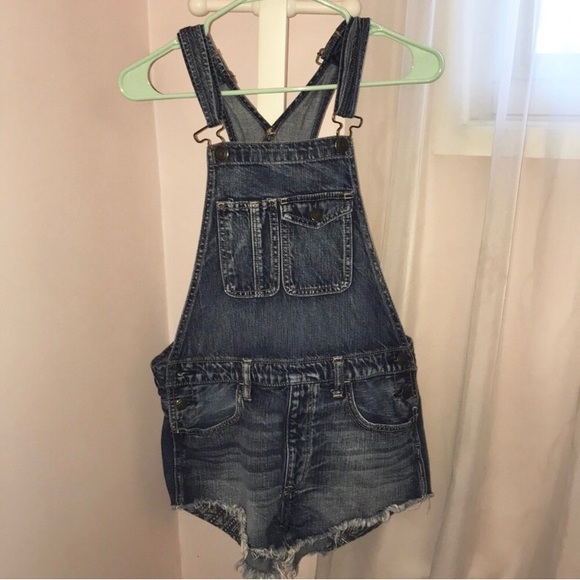 American Eagle Outfitters Denim - American Eagle Overalls!